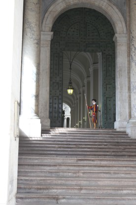 I didn't realise I'd seen a Swiss Guard until I found this photo.