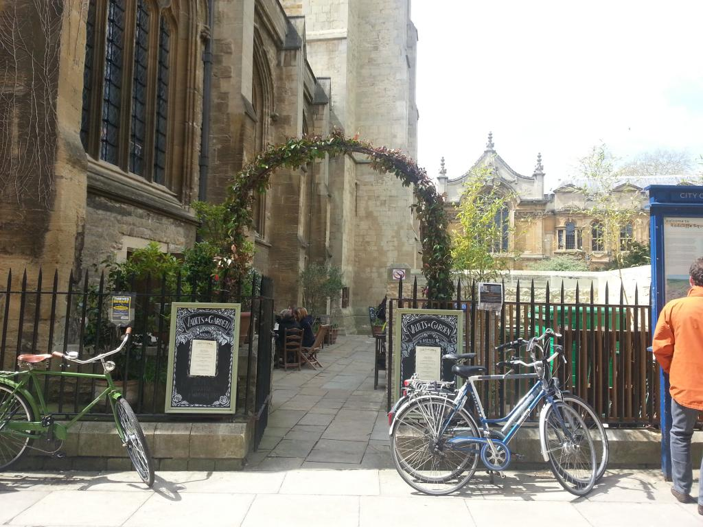 Vaults and Garden Organic Cafe in Oxford