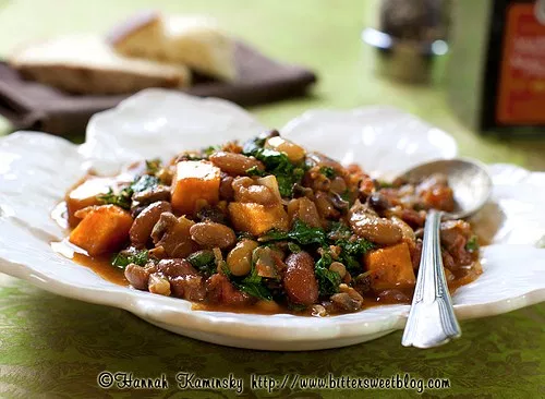 Garlicky Greens and Beans Stew