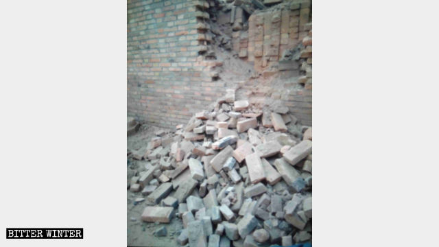 One of the kilns used for casting Buddhist statues was destroyed in Hebei Province.