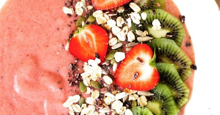 Strawberry Banana Smoothie Bowl