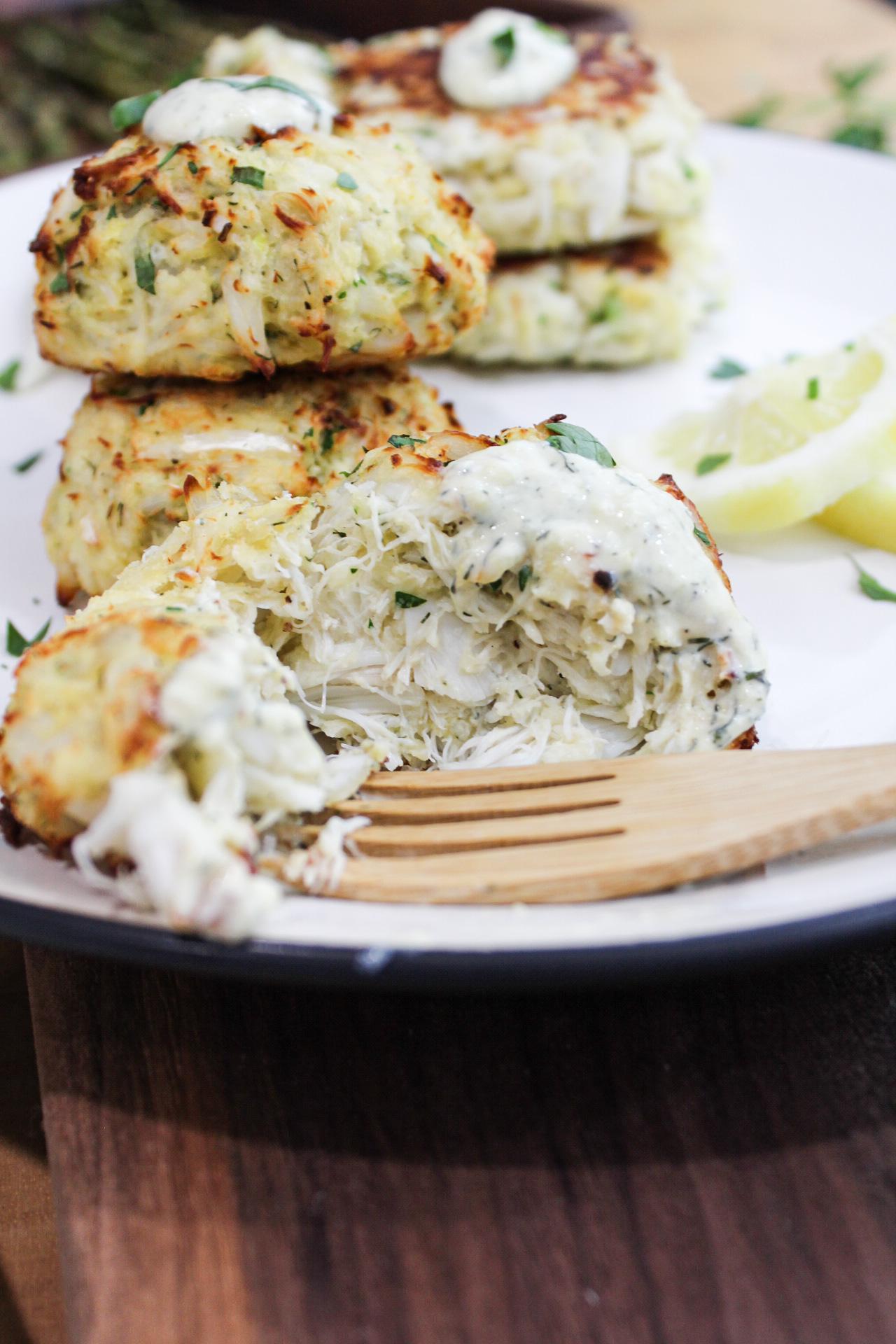 Crab Cakes with Lemon Dill Yogurt Sauce