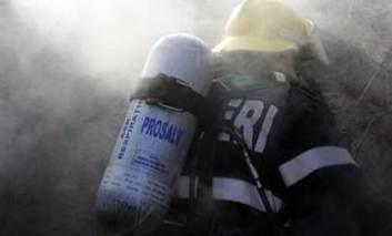 Incendiu la Târgu Frumos. La Ruginoasa a fost găsită o bombă