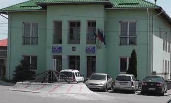 Fonduri europene pentru asfalt, în Cristești