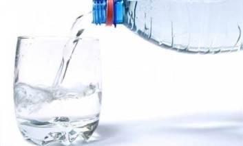 Cum calculezi câtă apă trebuie să bei pe zi