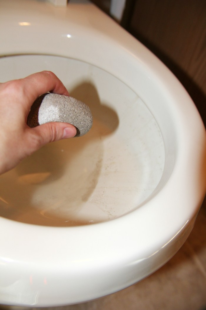 How to remove toilet stains