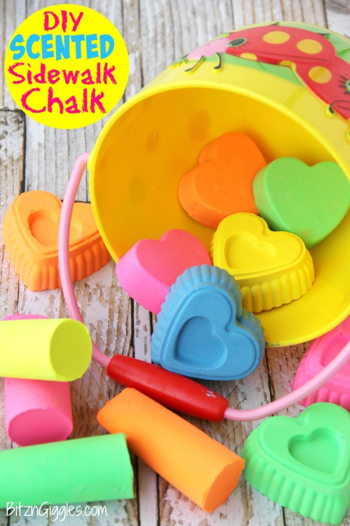 DIY Scented Sidewalk Chalk - Super easy to make and draws better and more vibrant than even store-bought chalk!