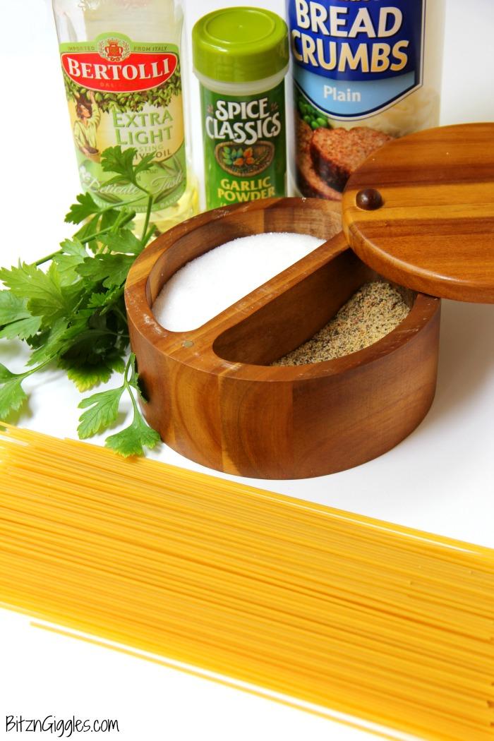 Breadcrumb Spaghetti - Breadcrumbs, fresh herbs and a splash of lemon make this pasta dish something the entire family will enjoy!