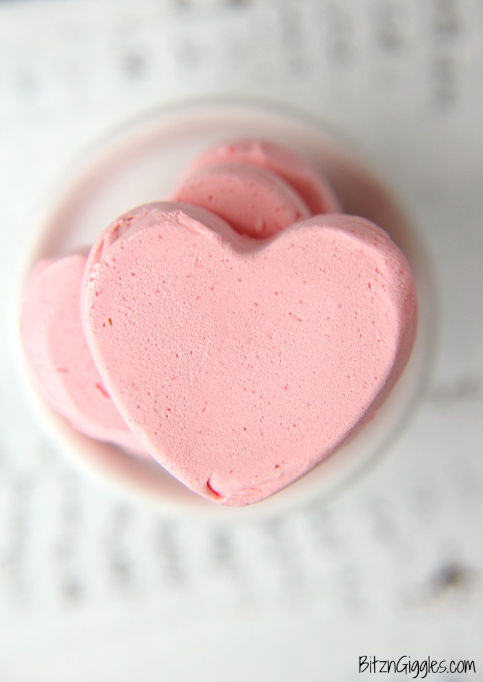 Valentine Divinity Candy - Sweet and soft cloud-like candy with a delicate and chewy center!