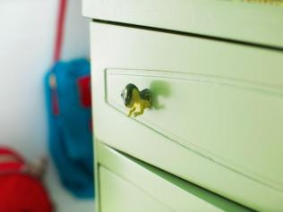 BPF_original_rubber-toy-drawer-pull_beauty_4x3.jpg.rend.hgtvcom.966.725