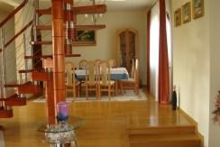 Dom 320  m², Rączna, gm. Liszki