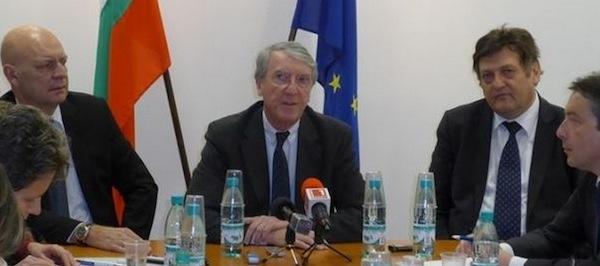 Иван Данов, Реми Тюо и Жерар Зерби на пресконференция в Министерството на инвестиционното планиране