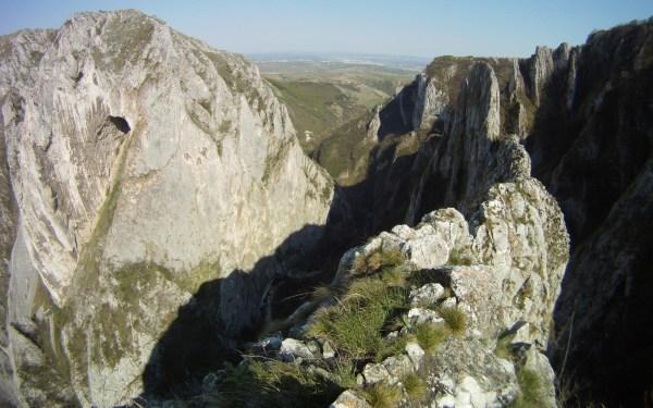 alpinism în Cheile Turzii, Creasta Hans Gora