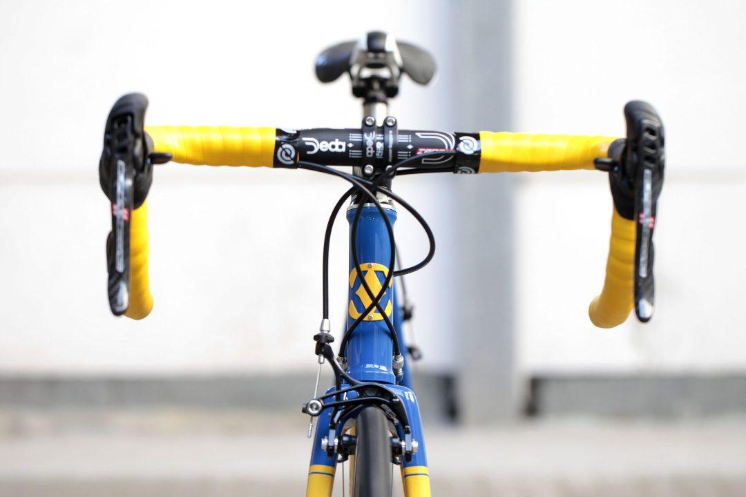 11 Dettaglio manubrio di Bixxis Prima, bicicletta artigianale in acciaio realizzata a mano da Doriano De Rosa 016