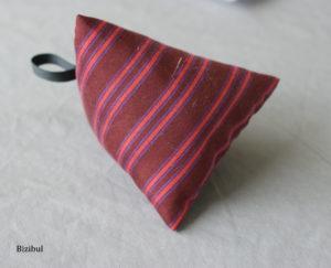 Comment coudre un coussin berlingot : exemple de mini berlingot porte aiguille