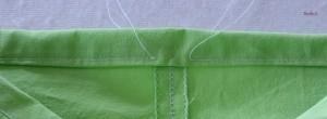 La ceinture est cousue, on laisse 1 cm d'ouverture pour passer l'élastique dans la coulisse ainsi formée
