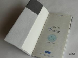 livret de famille ouvert, couverture protectrice produit Bizibul