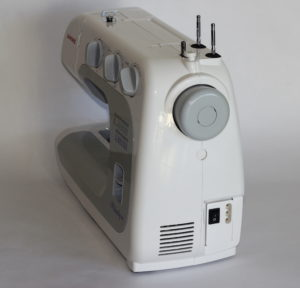 vue de profil de la machine