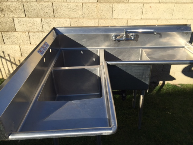 Used 3Compartment Corner Sink w1 Faucet  Drain Plumbing