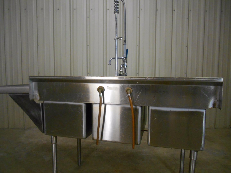Used NSF 3Compartment Sink W Sprayer  Dish Shelf