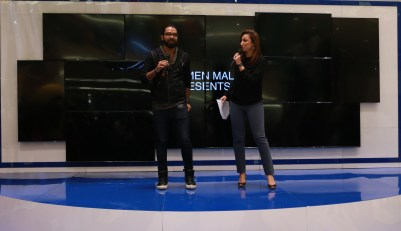 Hosts Anoushey and Yasir Hussain