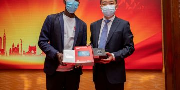Student getting Huawei prizes - Global ICT Competition - Bizna Kenya