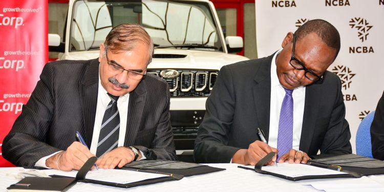 L-R, Naresh Leekha (MD Motor Division Simba Corp), Lennox Mugambi (Group Director Asset Finance NCBA) - Bizna Kenya