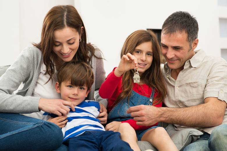 Zasiłek rodzinny 2020. Świadczenia rodzinne – jakie nowe stawki? Wysokość zasiłku rodzinnego, kryterium dochodowe, warunki