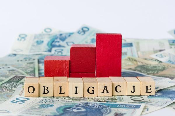 Ministerstwo Finansów bez podania do publicznej wiadomości wyemitowało obligacje warte 78 mld zł.