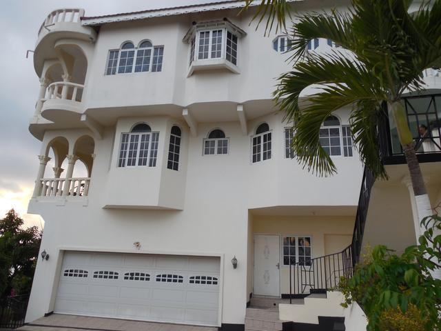 5 Bedroom house fully furnished for sale