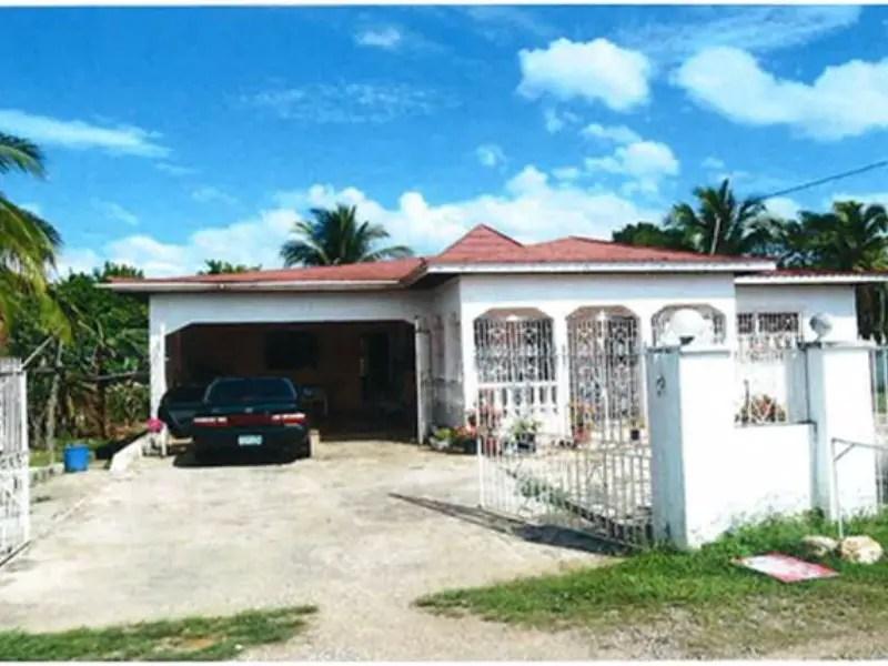 3 Bed 2 Bath foreclose home for sale in Santa Cruz St Elizabeth