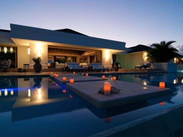 Villa Lolita is a stunning 5 star, Premier rated villa. With it's modern design and luxurious furnishings, it has been awarded Villa of the Year for the last three years