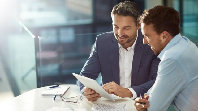 人生コネ。コネ入社、コネ転職、コネ起業。人脈構築と自分の市場における「ポジション」を構築しよう。
