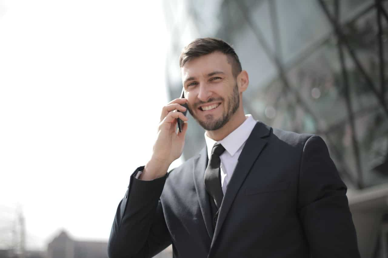 3 Ways to Build Confidence in yourself as a Business Professional