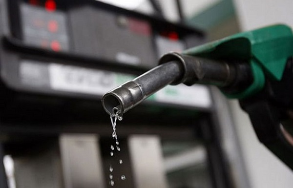 NNPC Says No Scarcity As Fuel Queues Surfaces