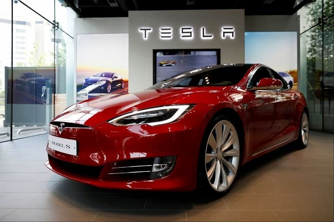 Tesla Will Recall Over 130,000 Cars In March
