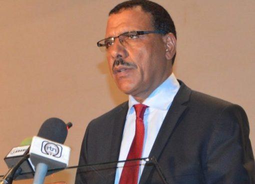 Niger Republic President Condoles With Buhari Over Plane Crash