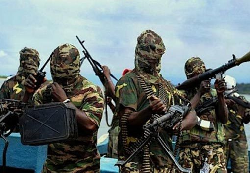Niger Delta Avengers Threaten To Resume Attacks On Oil Facilities