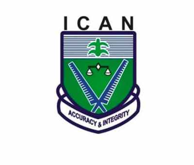 ICAN Hosts Renaissance Banquet