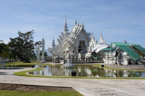 Wat_Rong_Khun-002