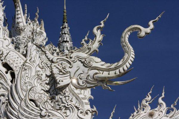 Wat_Rong_Khun-009