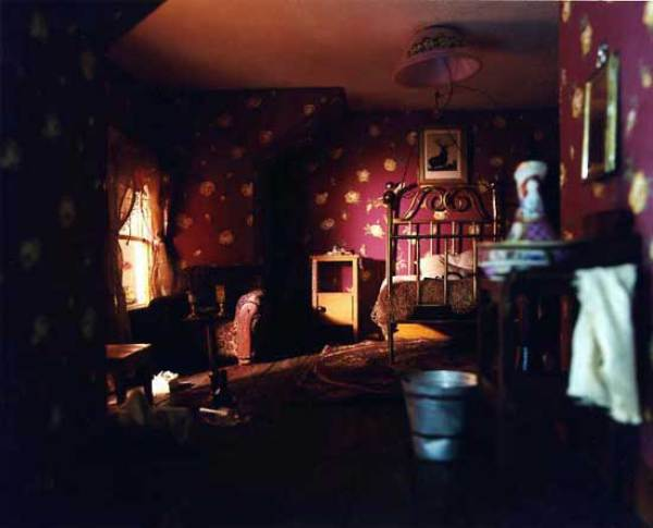 Red-Bedroom