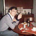 Min far i sin lejlighed i Bispevangen - billedet er taget ca. 2 år før han døde