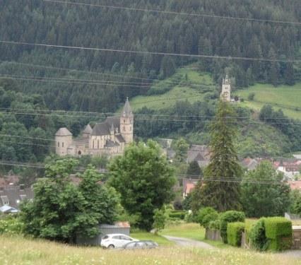 Eisenerz – banské mesto, kde sa ťaží železná ruda.