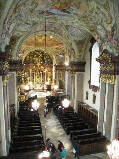 Interiér baziliky v Maria Taferl.