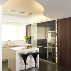 Complete Kitchen Sink Replacement 环保轻巧的烤漆玻璃门片后方完整收纳厨房 新浪装修抢工长效果图