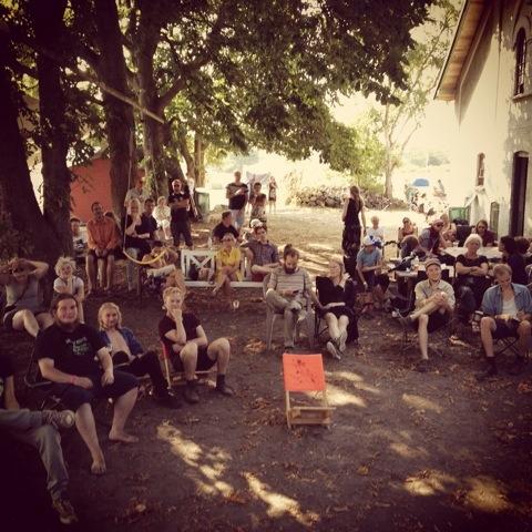 Publikum på Spirefestival - set fra scenen, mens jeg læste op.