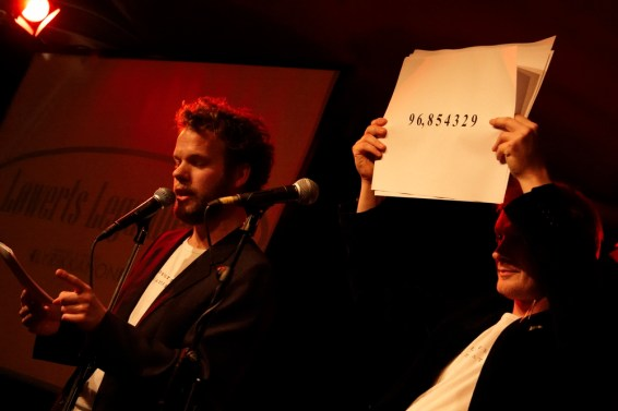 Jonathan Nielsen og Frederik Bjerre Andersen udfører et litterært taltrick