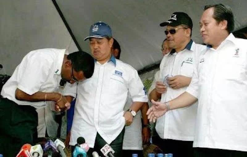 Hulu Selangor Kamalanathan MIC