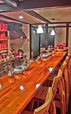 ⑧Tea House SAKURA:お茶のテイスティングができる